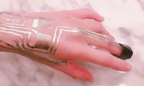 เทคโนโลยี การพิมพ์เซ็นเซอร์ ลงบนผิวหนังมนุษย์จากทีมนักวิจัยนานาชาติได้พัฒนาเทคนิคใหม่
