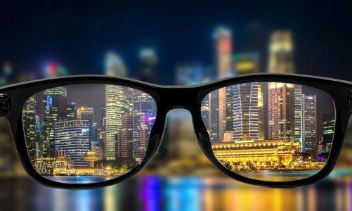 เทคโนโลยีเลนส์แว่น จากอดีตจนถึงปัจจุบัน เพื่อให้เหมาะสมกับการใช้งานแว่นตา