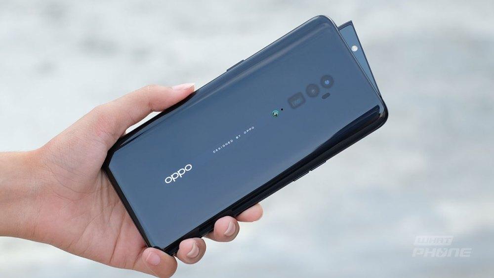 OPPOรุ่นReno 10x Zoom-เล่นเกมหรือถ่ายรูป