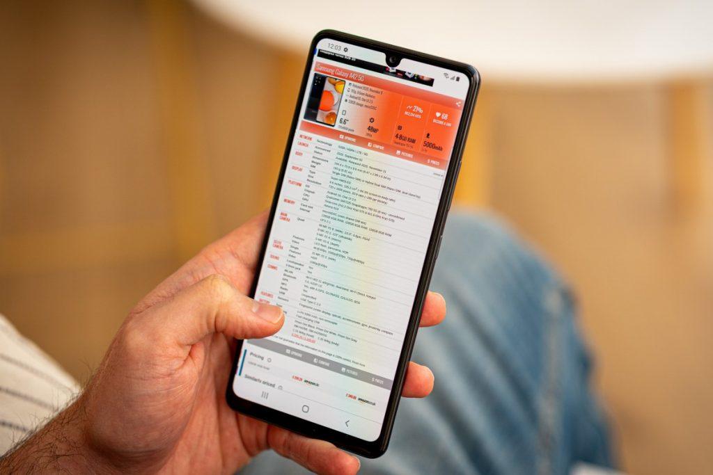 สมาร์ทโฟนจาก Samsung ในรุ่น Galaxy A42 5G